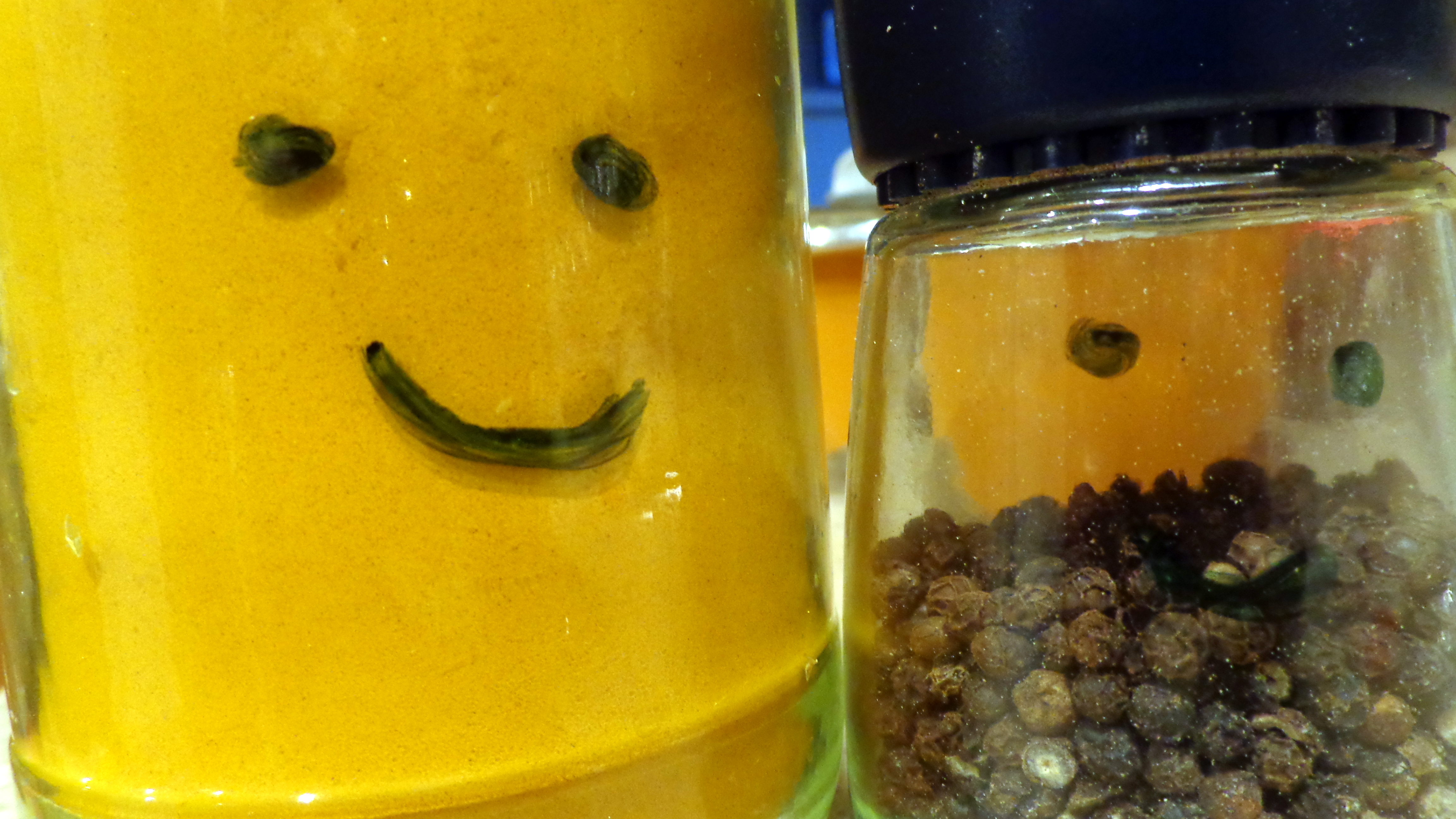 Best friends: turmeric and black peppercorn